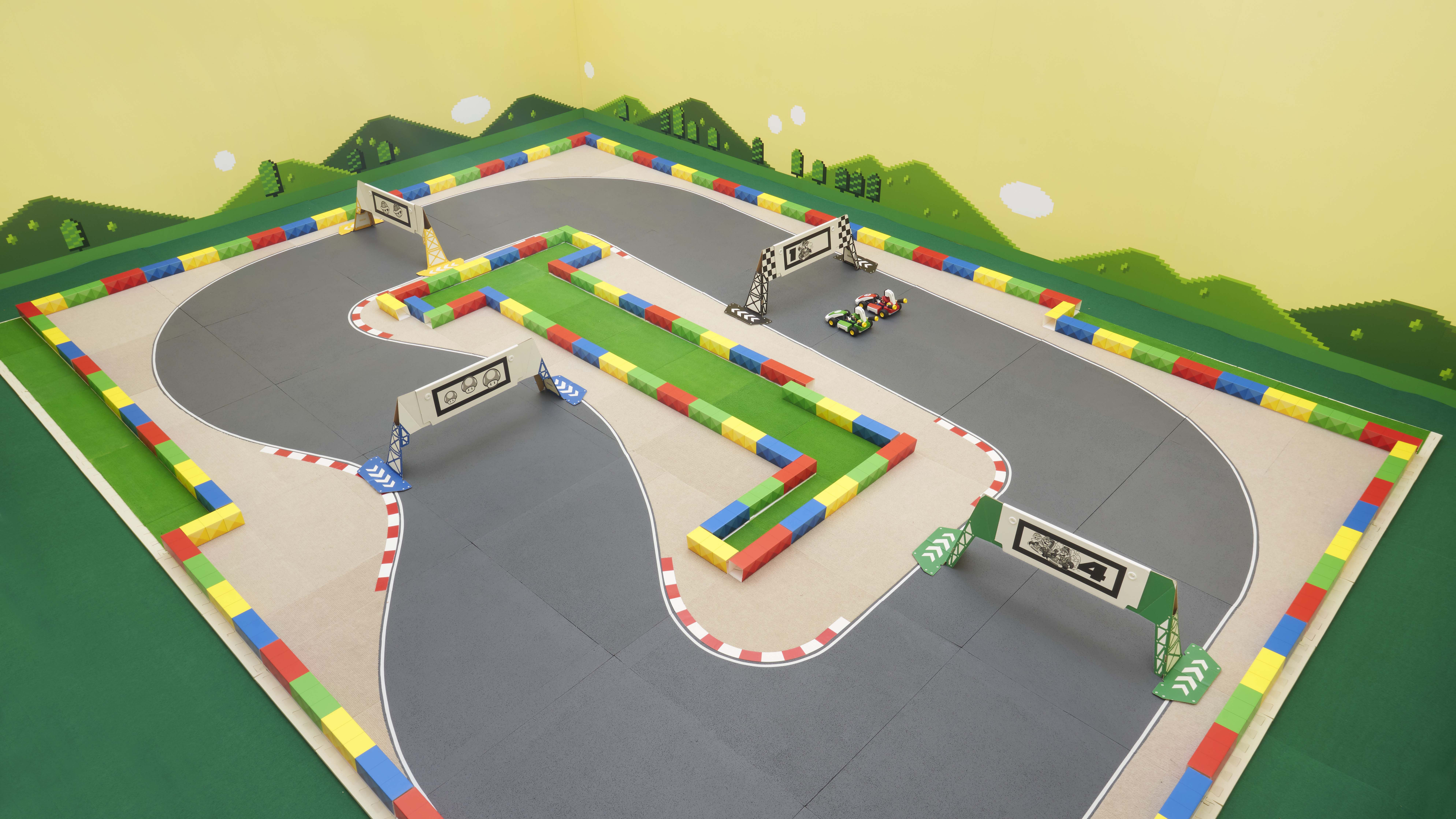 NSwitch_MarioKartLive_Overview_Circuit_Carousel_01.jpg
