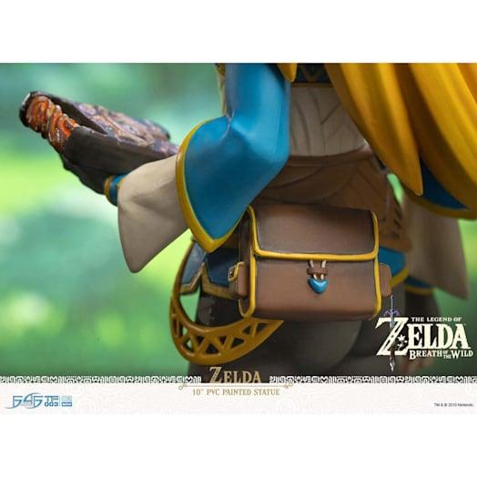The Legend of Zelda: Breath of the Wild Zelda Figurine (Collector's Edition) image 9