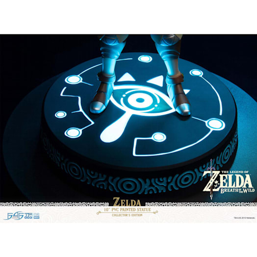 The Legend of Zelda: Breath of the Wild Zelda Figurine (Collector's Edition) image 11