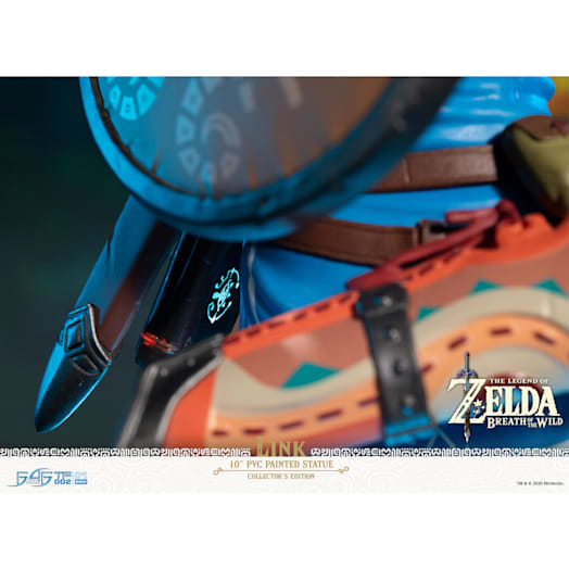 The Legend of Zelda: Breath of the Wild Link Figurine (Collector's Edition) image 8